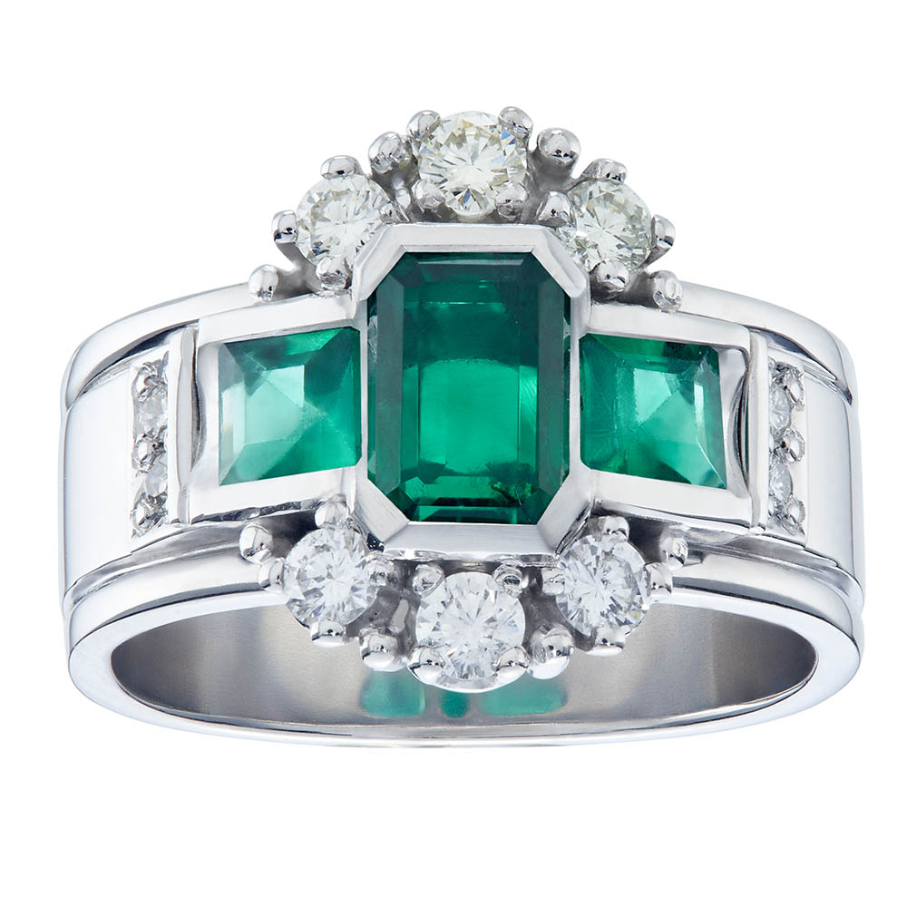 Emerald-Ring-bespoke-design-brettland-poulsen-jewellery-la-lucia-mall-durban-north